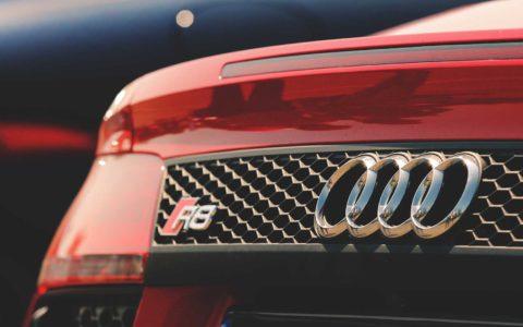 11-KFZ-Besemer-Audi-R8-Service-Reifenwechsel-Instandhaltung